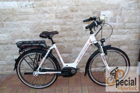 """Gepida Reptila 900 26"""" W 8SC D elektromos kerékpár női"""